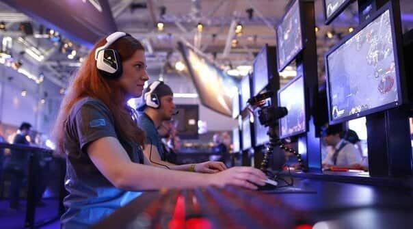 как заработать на компьютерных играх
